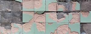 Risse In Der Wand Reparieren : abgeplatzte fliesen reparieren und risse ausbessern bei den fliesen auf dem foto ist das ~ Eleganceandgraceweddings.com Haus und Dekorationen