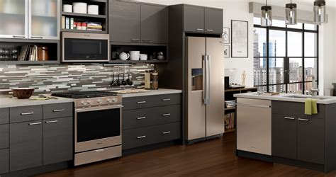 kitchen appliances whirlpool