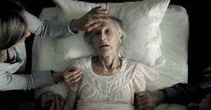 Nurse Reveals Top 5 Regrets People Make on Their Deathbed