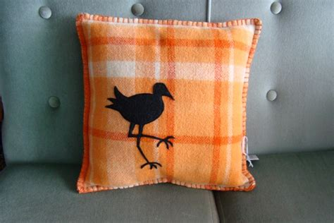 Vintage 100% Nz Wool Cushion With Pukeko Motif Childrens Light Up Blanket As Seen On Tv O Brien Heated Boat Flannel Baby Crochet Border Jml Onesie Fleece Tutorial When Can A Sleep With And Pillow Zippered Bags Dark Gray Cotton