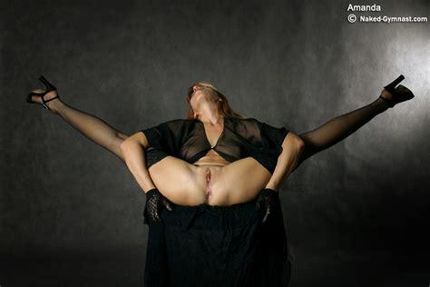 Extreme Dildo Gymnastics
