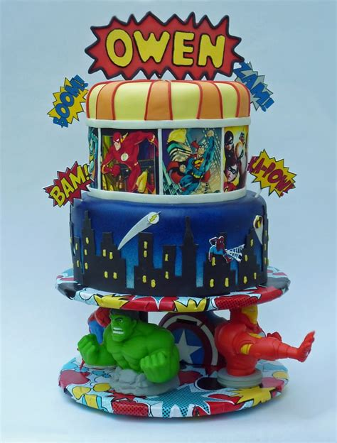 images  cakes super heroes  pinterest