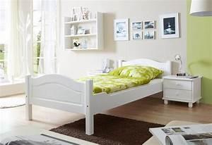 Bett Liegefläche 100x200 : ticaa bett rita in 3 breiten kiefer wei liegefl che 100x200 cm online kaufen bei woonio ~ Markanthonyermac.com Haus und Dekorationen