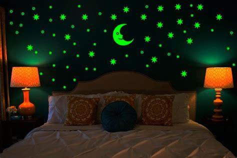 imagens incriveis de decoracoes  brilham  escuro