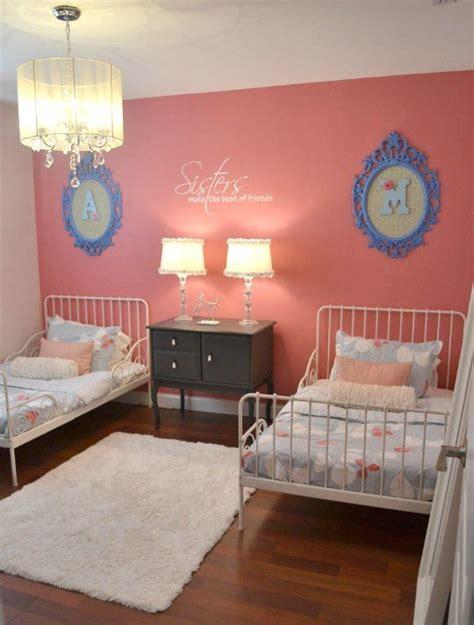 chambre jumelles décoration chambre jumelles exemples d 39 aménagements