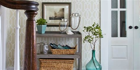 10 Ways To Fake An Entryway