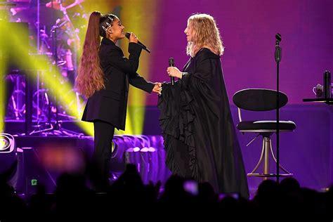 ariana grande  barbra streisand perform surprise duet