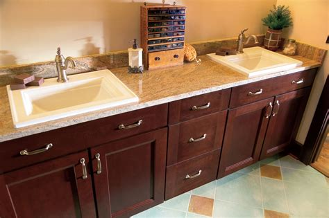 kitchen cabinet factory outlet gallery kitchen cabinet factory outlet 724 733 0099 5400