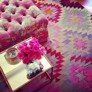 1001 photos d39interieurs decores a la base des motifs With tapis chambre bébé avec casquette motif fleur
