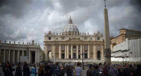 El banco del Vaticano ganó más de 40 millones de dólares ...