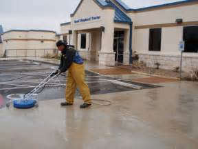 Concrete Cleaning Machine Photo