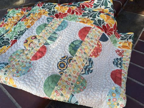 Salt Air Quilt With Lucy's Crab Shack Beach Blanket Pattern