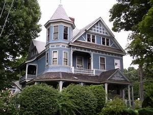 Queen Anne | Architectural Styles of America and Europe