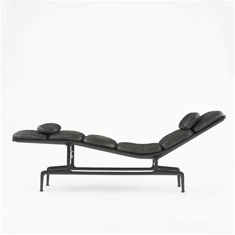 charles and ray eames billy wilder chaise