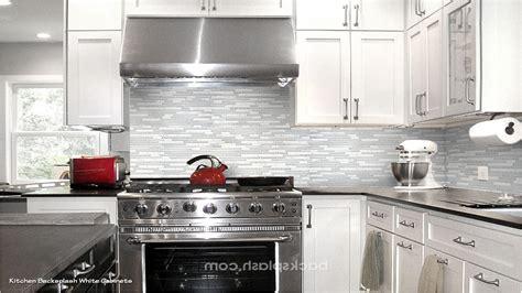 backsplash with white cabinets and white countertops 100 kitchen backsplashes for white cabinets