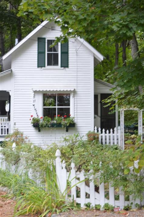 Charming Farmhouse by 4364 Best Charming Cottage Decor Images On