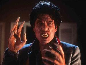 Jack Garrity reviews Fright Night 1985 – Vitaortus.com