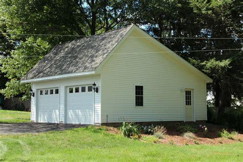 Saltbox Garage by Woodstock Saltbox Style Single Story Garage The Barn