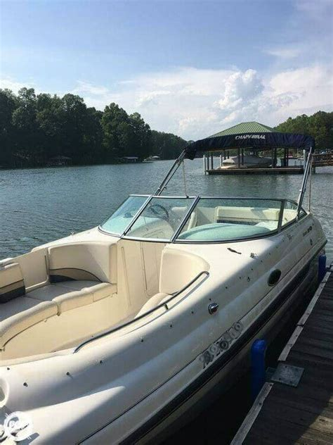 Deck Boats For Sale Nc by 1999 Used Chaparral Sunesta 233 Deck Boat For Sale