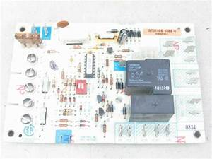 Honeywell Furnace Control Circuit Board St9160b 1068 45692