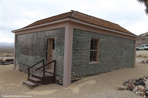 interior homes tom 39 s bottle house rhyolite