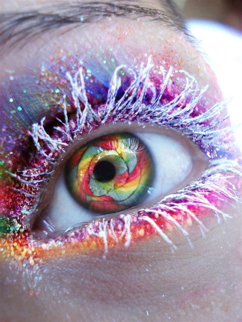 Rainbow Eyes