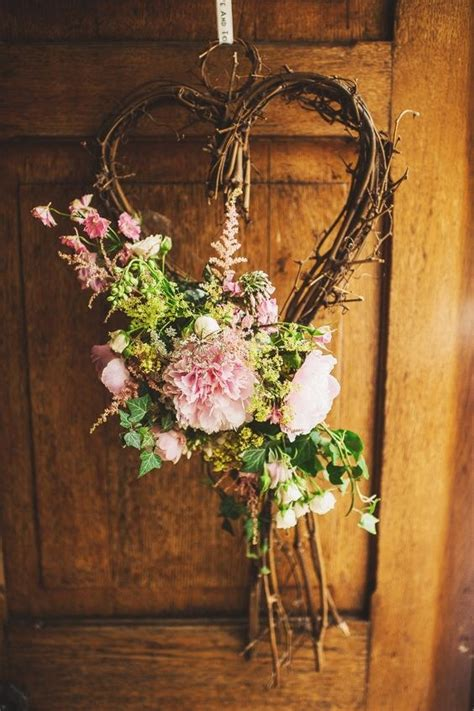 prettiest wedding wreaths decor ideas page