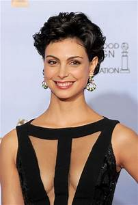 Morena Baccarin Workout Routine - Celebrity Sizes