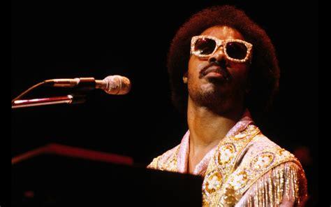 Top 10 Stevie Wonder Songs Gigslutzgigslutz