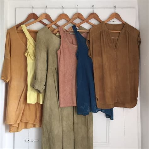 color dye for clothes best 25 dye fabric ideas on fabric