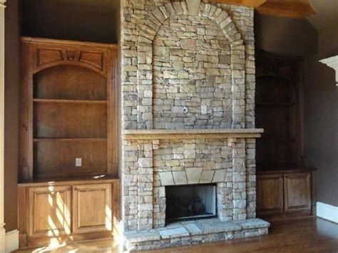 images  great room  pinterest fireplaces custom cabinets  fireplace built ins