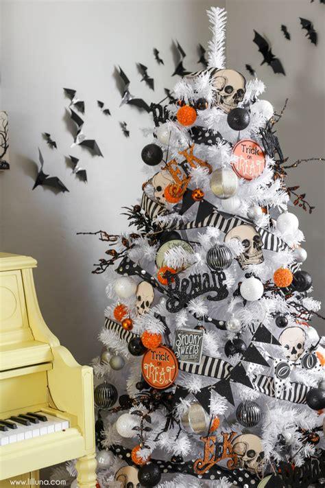 Halloween Home Decor 2016  Lil' Luna