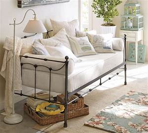 pottery barn daybed furniture selections homesfeed With day beds pottery barn