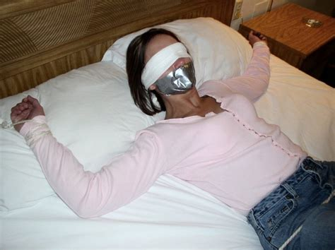 Woman Bound To Bed Gagged And Blindfolded Switchbladengc