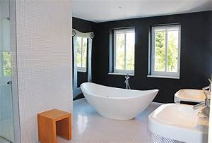 Badezimmer Mit Freistehender Badewanne : badezimmer inspiration freistehende badewannen sind im trend ~ Bigdaddyawards.com Haus und Dekorationen