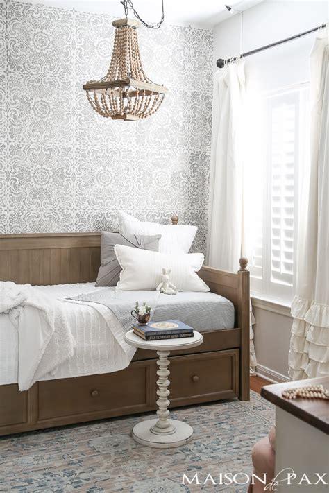 rustic feminine neutral  girl room  daybed