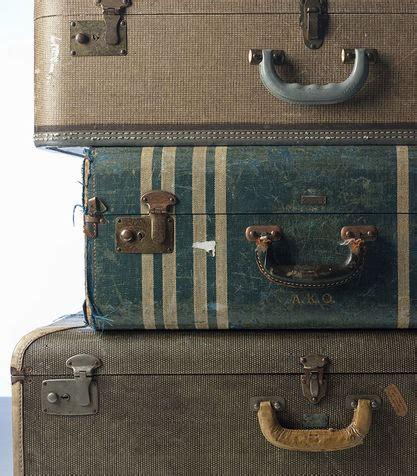 armadietto fai da te l armadietto delle medicine con la valigia donna moderna