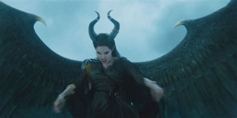 Angelina Jolie Says She Had Wings In Maleficent Trailer The Blemish