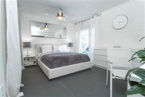 Chambre Gris Et Blanc Chambre 224 Coucher Adulte 127 Id 233 Es De Designs Modernes