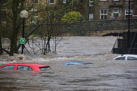 perils reveals  loss estimate  queensland floods