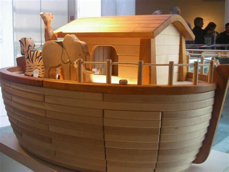 3 noah s ark activities for preschoolers starting blocks 294 | noah ark flood genesis 1024x767