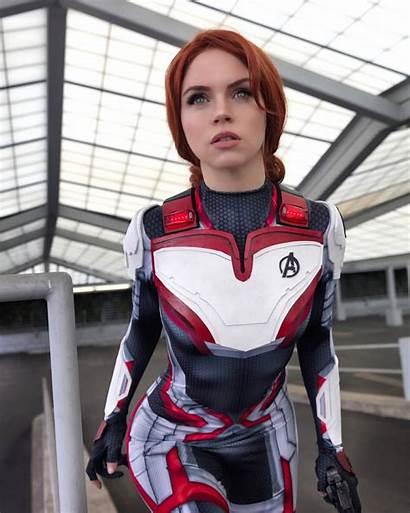 Widow Cosplay Avengers Endgame Marvel Chan Hole