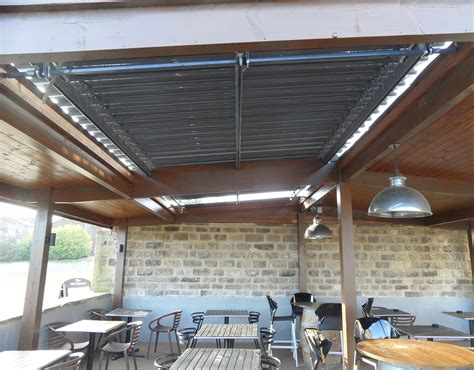 pub canap opening and closing light n shade louvre roofs for outdoor