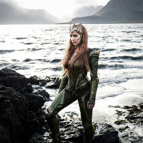 Justice League Amber Heard Looks Incredible As Mera In