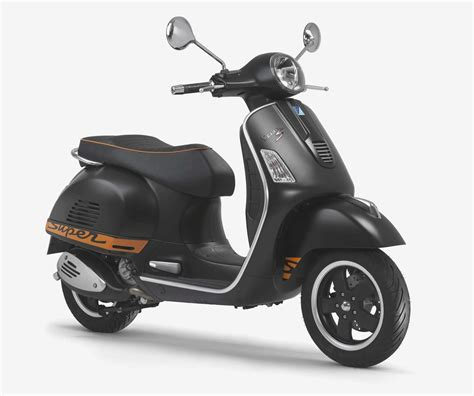 vespa gts 125 vespa gts 125 review scooters mopeds motorcycles