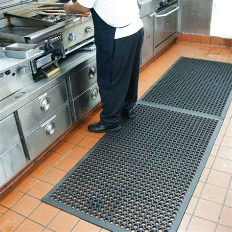 rubber flooring in kitchen large views 4932