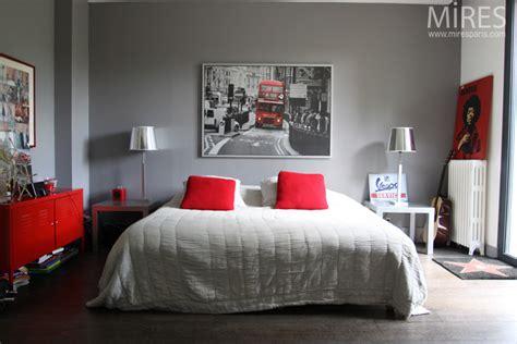 chambre grise et blanche décoration chambre et gris