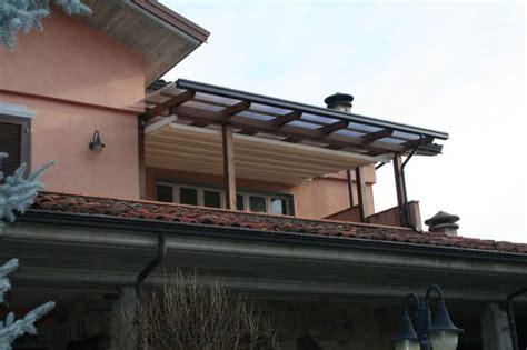 tettoie in legno e tegole pensilina in legno e tegole