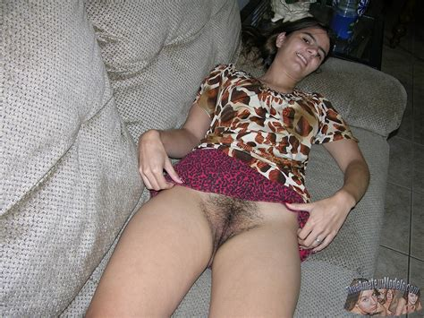 upskirt-pussy.jpg in gallery Indian Amateur (Hairy Pussy ...