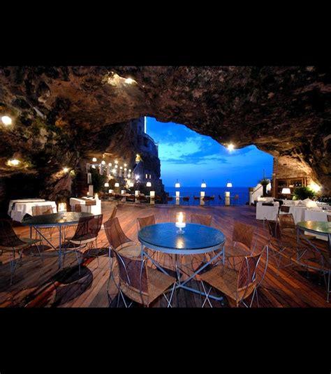 cuisine des pouilles ce restaurant est logé dans une grotte